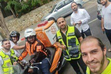 ירושלים: כונני ידידים חילצו בשלום רגל של ילד שנתקעה באופניים