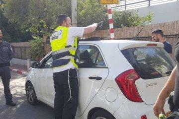 בית שמש: ילד שננעל בשגגה ברכב לעיני בני משפחתו חולץ בשלום על ידי כונן ידידים