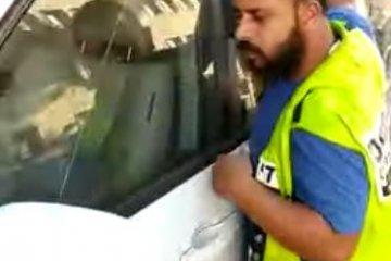 """ירושלים: כלב ננעל בשגגה ברכב, כונן ידידים חילץ אותו בשלום • """"בפתיחת הדלת הכלב קיפץ משמחה"""" • בידידים קוראים להורים לאמץ """"כלל מפתח"""""""