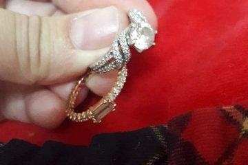 הרי את מאתגרת אותי בטבעת זו • מתלכלכים לפני כיפור