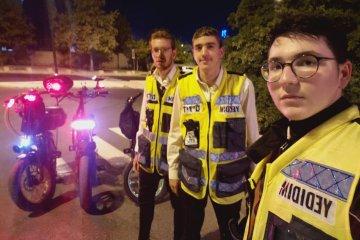ירושלים: כונני ידידים סייעו לחלץ ילדשרגלו נתקעה באופניים