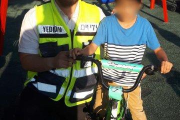 ביתר עילית: כונן ידידים חילץ רגל של ילד שנלכדה באופניו