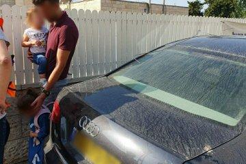 מבשרת ציון: ילד שננעל בשגגה ברכב לעיני הוריו חולץ בשלום על ידי כונן ידידים
