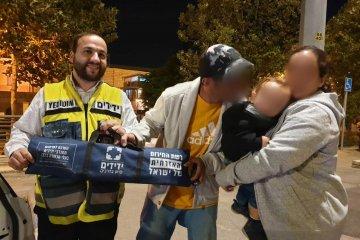 פעוט כבן שנתיים שננעל ברכב בשגגה לעיני הוריו, בחניית מתחם התחנה הראשונה בירושלים חולץ בשלום על ידי כונן ידידים