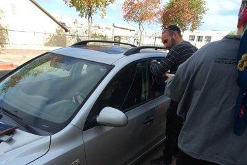 ביתר עילית: ילד שננעל ברכב בשגגה לעיני אמו חולץ בשלום על ידי כונני ידידים