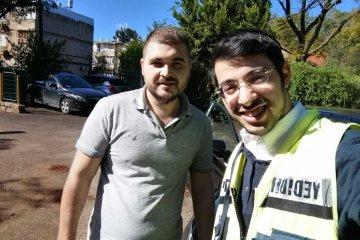 רחובות: פעוט שננעל בשגגה ברכב לעיני בני משפחתו חולץ בשלום על ידי כונני ידידים
