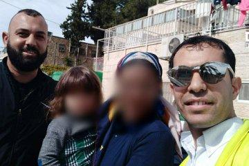 ירושלים: ילד ננעל ברכב לעיני אמו, כונני ידידים חילצו אותו כשהוא בריא ושלם