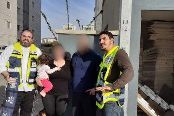 פרדס חנה-כרכור: ילד ננעל ברכב לעיני אמו, כונני ידידים חילצו אותו כשהוא בריא ושלם