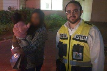 כונני ידידים חילצו בשלום פעוטה שננעלה בשגגה ברכב לעיני אמה באלעד