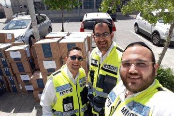 ירושלים: כונני ידידים חילקו 100 חבילות מזון לקשישים ואוכלוסיות מוחלשות בעיר • החבילות סופקו על ידי העירייה