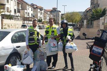 ביתר עילית: כונני ידידים חילקו 100 חבילות מזון לקשישים ואוכלוסיות מוחלשות בעיר • החבילות סופקו על ידי העירייה