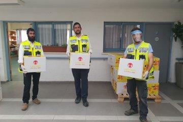 נתיבות: קמחא דפסחא בצל הקורונה • כונני ידידים חילקו מאות סלי מזון • הסלים סופקו על ידי העירייה