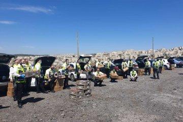 ביתר־עילית: כ־50 כונני ידידים חילקו מאות סלי מזון למשפחות מעוטי יכולת • המנות סופקו על ידי העירייה ופיקוד־העורף