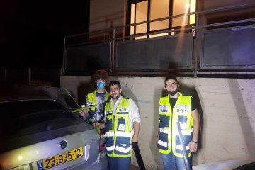 בני ברק: סמוך לחצות הלילה ילד ננעל ברכב, כונני ידידים חילצו אותו במהירות