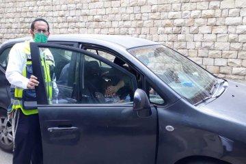 בית שמש: שני ילדים ננעלו ברכב בשגגה, כונן ידידים העובד בסמוך חילץ אותם ללא פגע