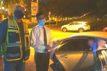 מודיעין: ילד נלכד בחגורת הרכב בצורה מסכנת חיים • כונני ידידים חילצו אותו במהירות ובשלום
