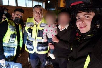 """בני ברק: תינוקת ננעלה בשגגה ברכב, כונני ידידים חילצו אותה בשלום • בידידים קוראים להורים לאמץ את """"כלל המפתח"""""""
