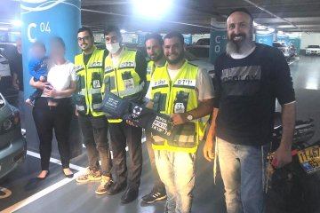 נתניה: מתנדבי ידידים חילצו פעוט שננעל ברכב
