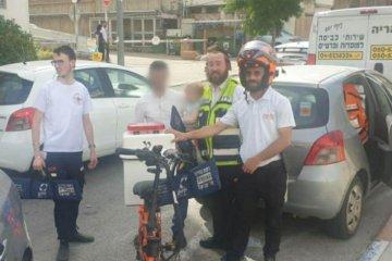 """חיפה: פעוטה כבת שנתיים ננעלה ברכב לעיני אביה וחולצה בשלום ע""""י כונני ידידים • בידידים קוראים להורים לאמץ """"כלל מפתח"""""""