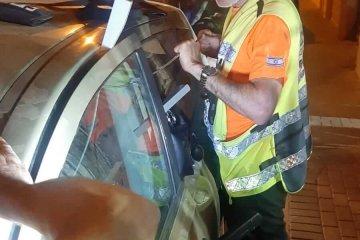 """מעיין צבי: פעוט ננעל בשגגה ברכב, מתנדבי ידידים חילצו אותו בשלום • בידידים קוראים להורים לאמץ """"כלל מפתח"""""""