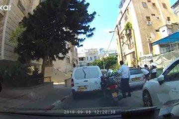 """בני ברק: פעוט שננעל בשגגה ברכב חולץ בשלום ע""""י כונני ידידים"""