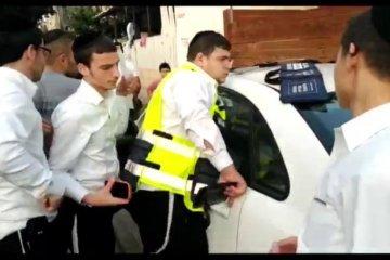 כונני ידידים חילצו בשלום פעוט שננעל ברכב בבני ברק