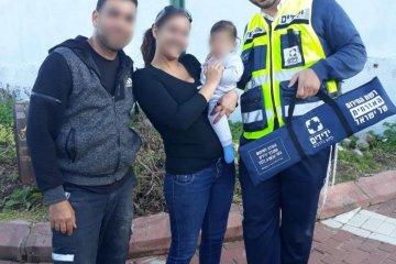 נס-ציונה: כונן ידידים רמי דוד חילץ בשלום ילדה שננעלה ברכב