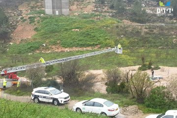 כונני ידידים סייעו בחילוץ הרכבים שנסחפו בנחל