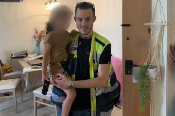בת ים: ילדה קטנה ננעלה לבדה בחדר בביתה, מתנדב ידידים חילץ אותה בשלום