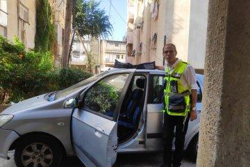 ירושלים: שני תינוקות שננעלו ברכב בשגגה לעיני אימם חולצו בשלום על ידי כונני ידידים