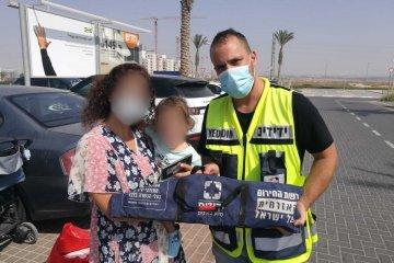 באר שבע: כונן ידידים חילץ ילדה אשר ננעלה בשגגה ברכב במתחם איקאה