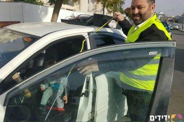 אשדוד: פעוט ננעל ברכב וחולץ תוך 60 שניות